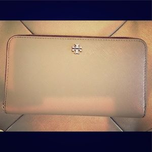 Authentic Tory Burch Wallet